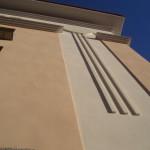 Detalle fachada de bloque de viviendas